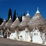 280px-Trulli_Alberobello11_apr06